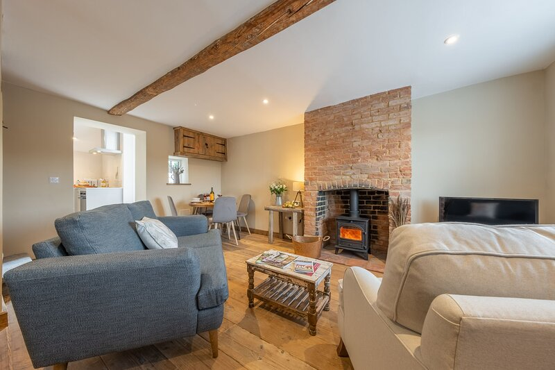Willow Cottage (SC), holiday rental in Syderstone