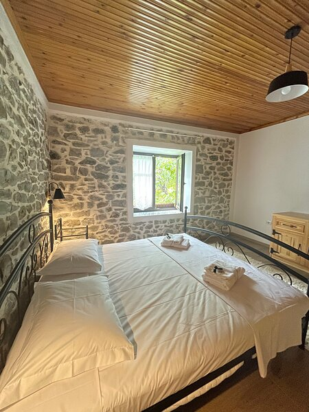 Lovely Villa, holiday rental in Korce County