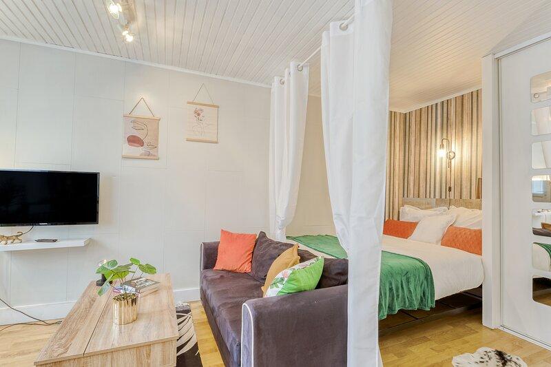 L'Alexandrin - Hypercentre avec jardin, holiday rental in Nouzonville