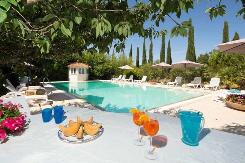 Casine al Molino - Delightful house with pool and tennis court near Pisa, holiday rental in Fauglia