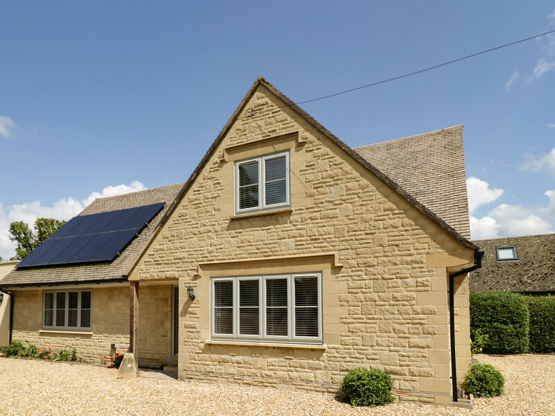 Apple Tree Cottage, Broadway, holiday rental in Wickhamford