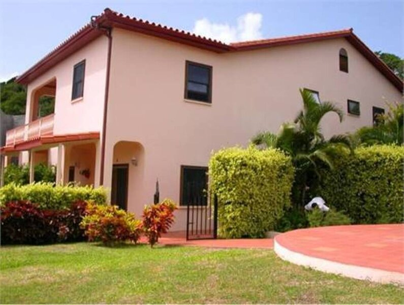 Red Snapper Villa, Anse Aux Pins, holiday rental in Anse Forbans