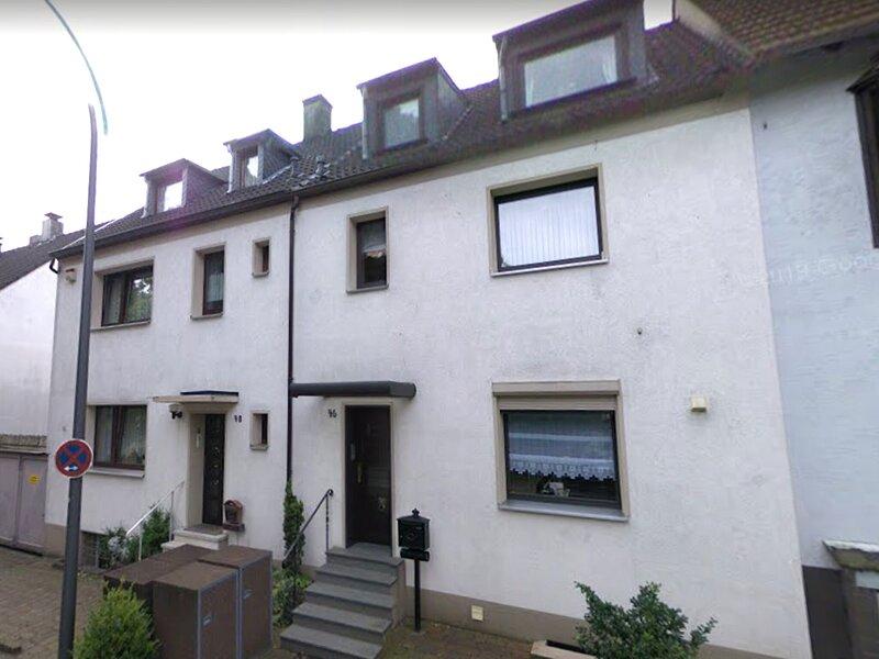 Beautiful apartment in Wuppertal near the center, alquiler de vacaciones en Remscheid