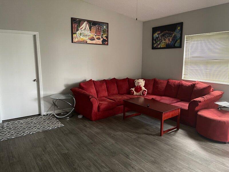 Private Master room in luxury 2/2 condo, location de vacances à Miami Lakes