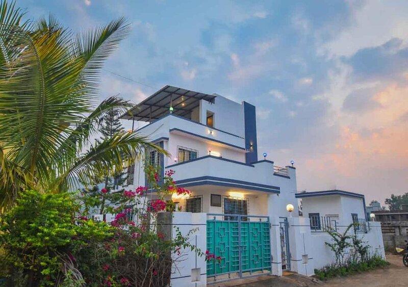 WOW VILLA 110, location de vacances à Kamshet