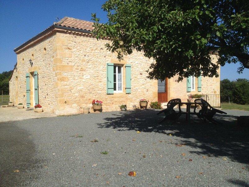 Location Gîte Montferrand-du-Périgord, 3 pièces, 4 personnes, holiday rental in Sainte Croix