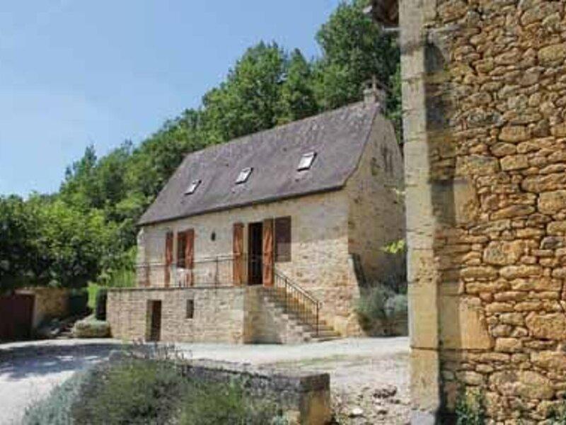 Le Combel, vacation rental in Saint-Amand-de-Coly