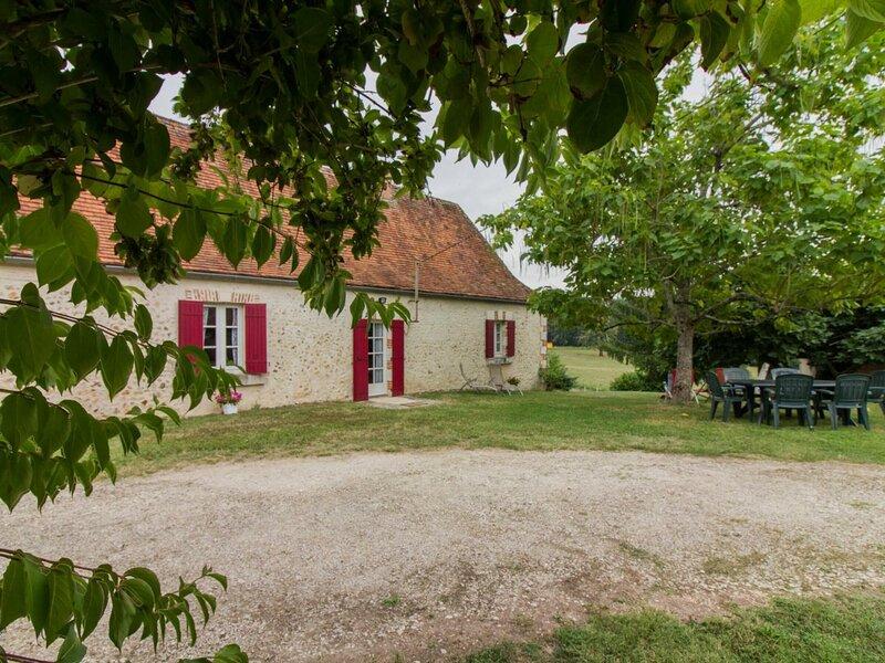 La Tuilière, location de vacances à La Douze