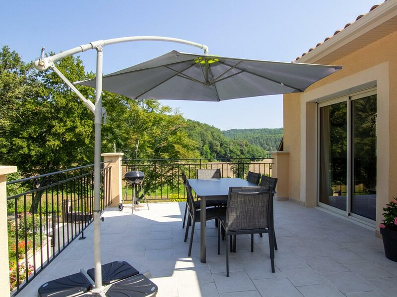Les Hortensias, holiday rental in Bars