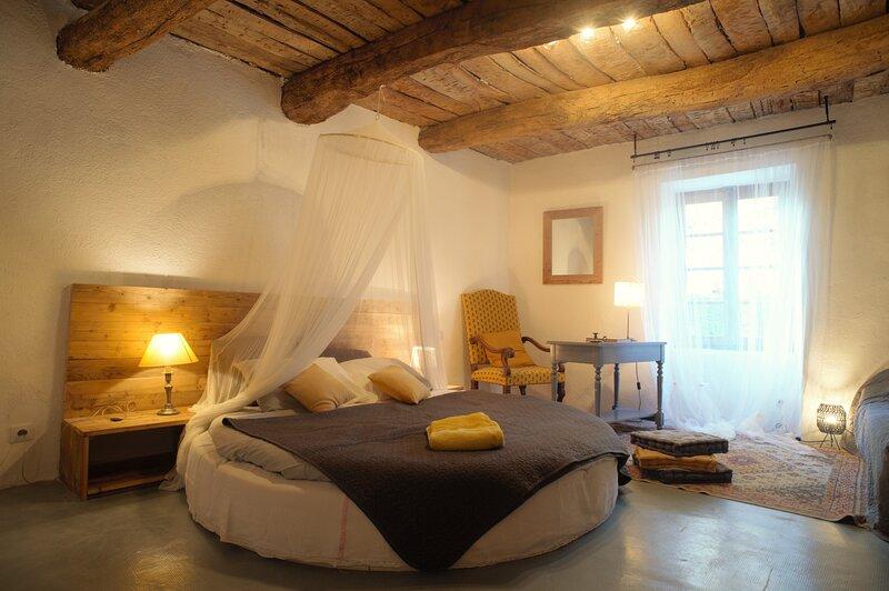 Chambre d'hôtes au cœur de l'Occitanie !, holiday rental in Aigremont