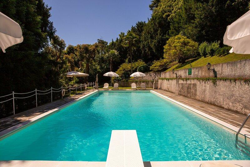 Villa Dei Due Draghi, holiday rental in Lesa