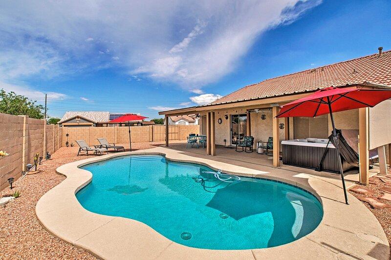 Stress-Free Casa Grande House w/ Pool & Hot Tub!, holiday rental in Casa Grande