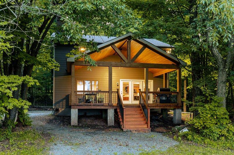 Cold Springs Camp ~ GAME ROOM ~ Sleeps 16, holiday rental in Jackson