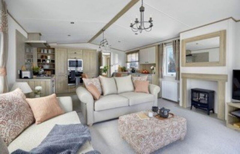 Stunning 8 berth lodge for hire at Skipsea Sands in Yorkshire ref 41072SF, holiday rental in Lissett