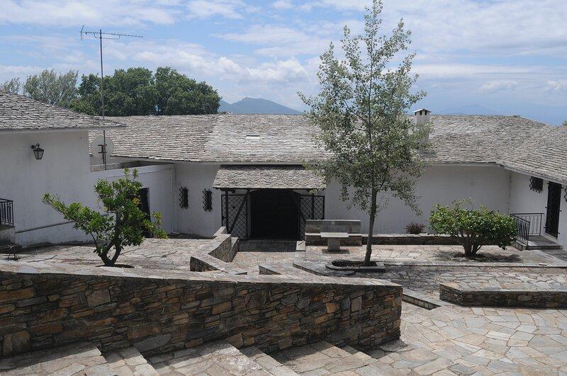 Lafkos Exclusive Estate, aluguéis de temporada em Platanias