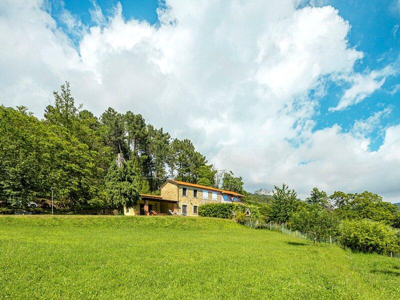 Girasole (CTO240), location de vacances à Antona