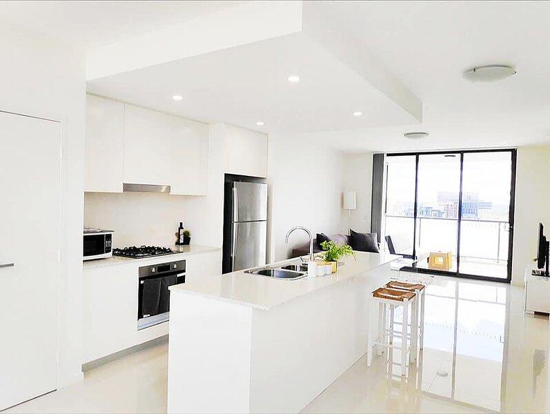 Liverpool Stylish Sanitised 2Bedroom 2Bath Apartment -Amazing Skyline Views, vacation rental in Liverpool