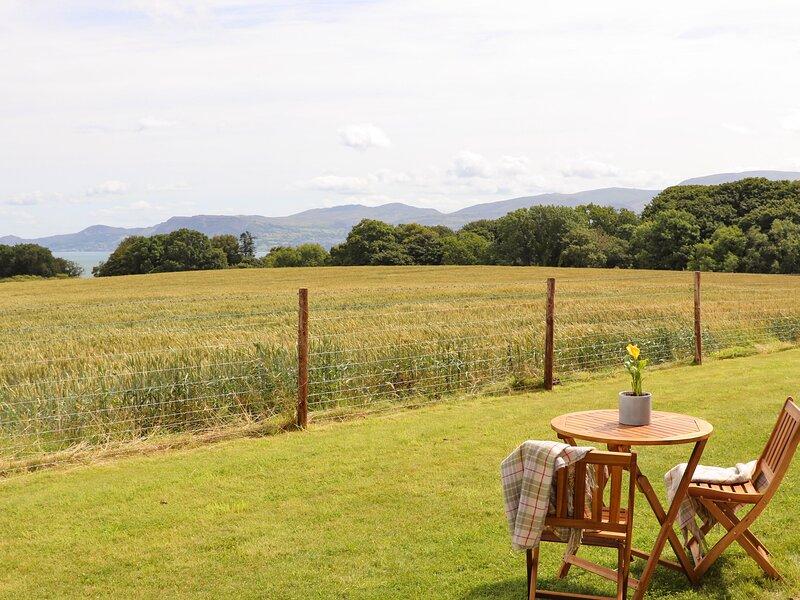 Bwthyn Cae Haidd, Beaumaris, vacation rental in Llanddona