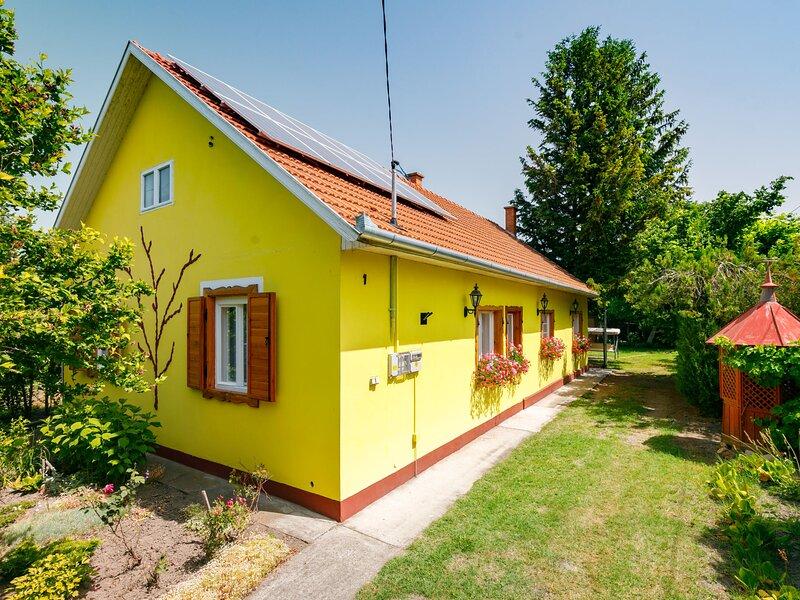 Julia, vacation rental in Balatonfenyves