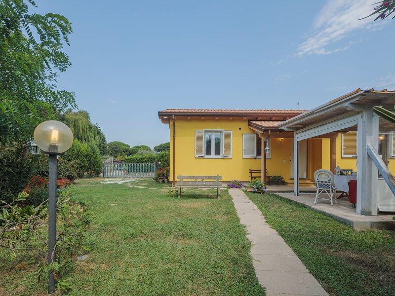 Casina del Sole, holiday rental in Lido Di Camaiore