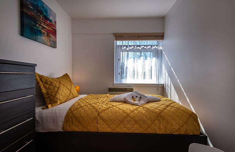 Blue Haven, Silver Service Apartments Southampton Central Free Parking, holiday rental in Southampton