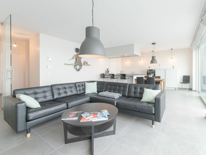 Lakeside, holiday rental in Zerkegem