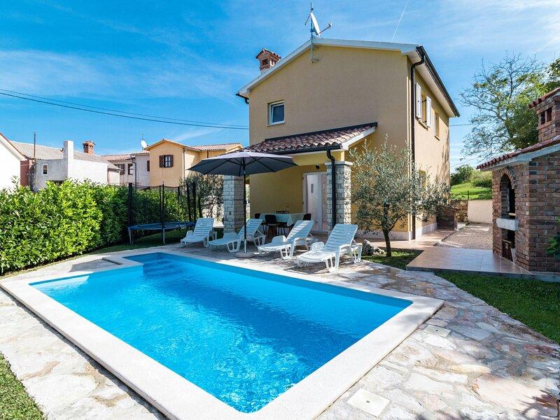 Antoni (IPC106), holiday rental in Gracisce