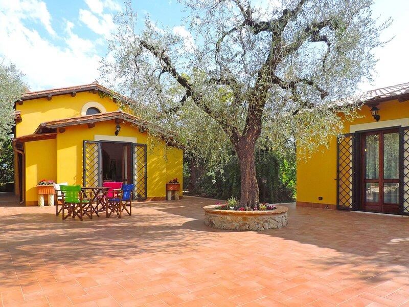 Olive Grove Sabina, holiday rental in Poggio Moiano