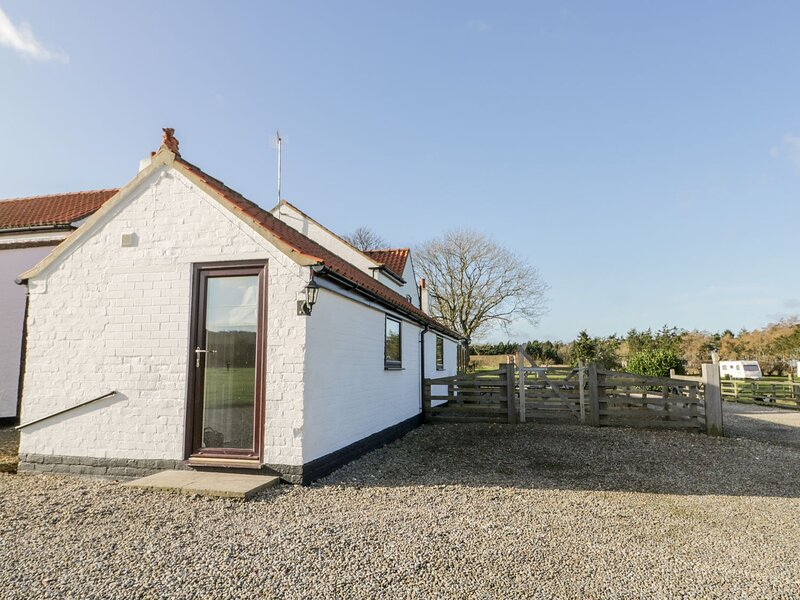 The Cowshed, Rillington, holiday rental in West Heslerton