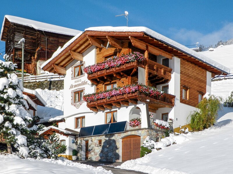 Romantika (KPL351), holiday rental in See