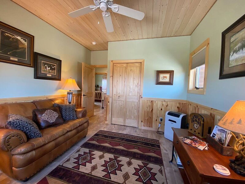 Gold Bar Ranch Bungalow, vacation rental in Clark