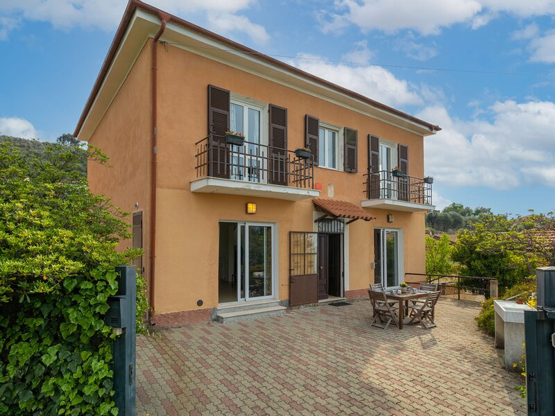 Ca' del Sole (CIV195), holiday rental in Torre Paponi
