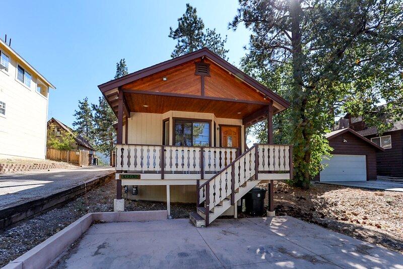 Building,House,Cabin,Cottage,Banister