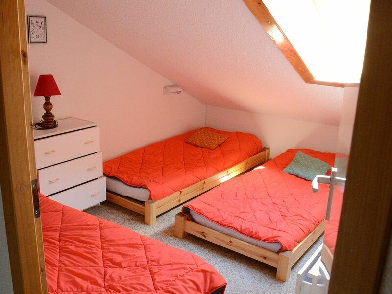 Appartement confortable sur les pistes, alquiler vacacional en Montalbert