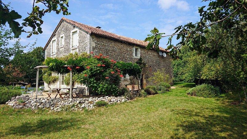 Les Vignasses, location de vacances à Condat-sur-Trincou