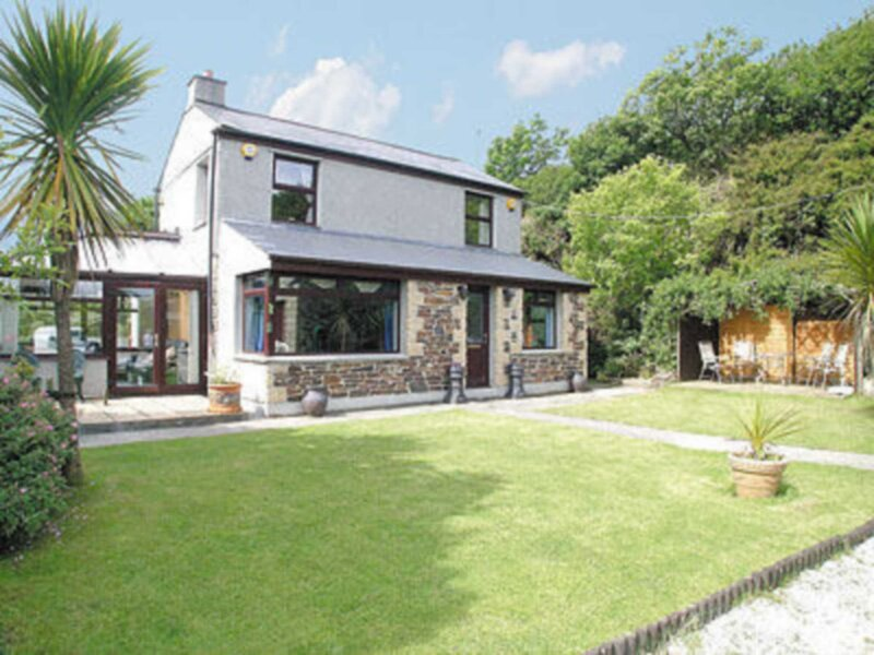 Coombe End Cottage, holiday rental in Lanner