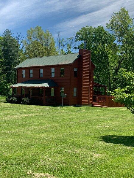 Southern Farmhouse, aluguéis de temporada em Beattyville