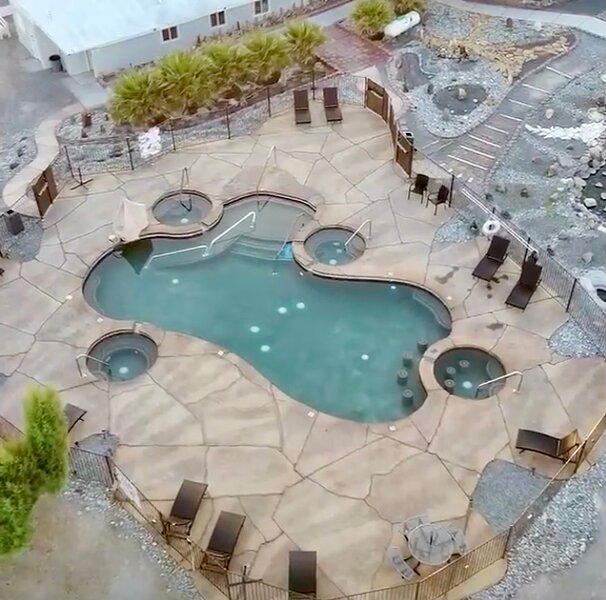 Death Valley Hot Springs 3-BR, holiday rental in Tecopa