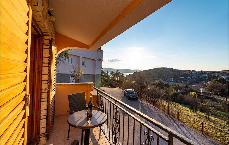 Stunning apartment in Modric with WiFi and 1 Bedrooms (CDA841) – semesterbostad i Rovanjska