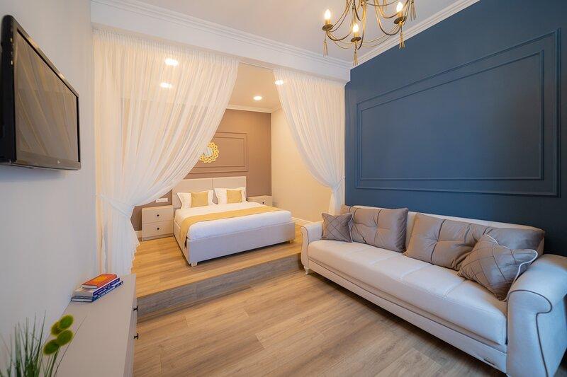 BlueSky Ultra-Central Premium Apartment, casa vacanza a Oradea
