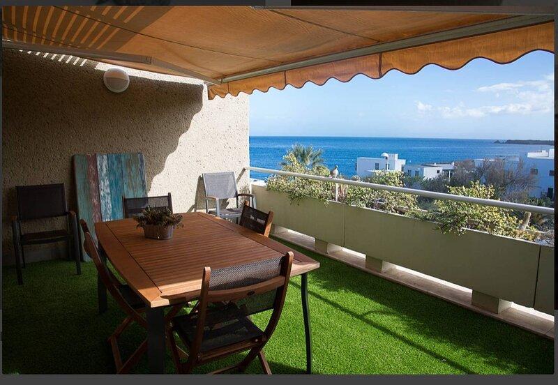 Apartment with Sea Views ·B, holiday rental in Poris de Abona