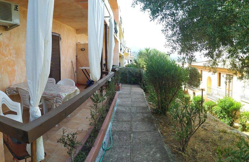 419 Mare - Triloc. in Residence - Full.Confort - Piscina, alquiler vacacional en Badesi