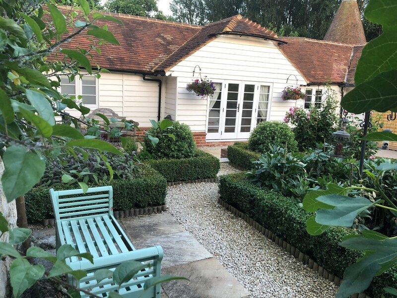 Cottage, Hadlow, vacation rental in Tonbridge