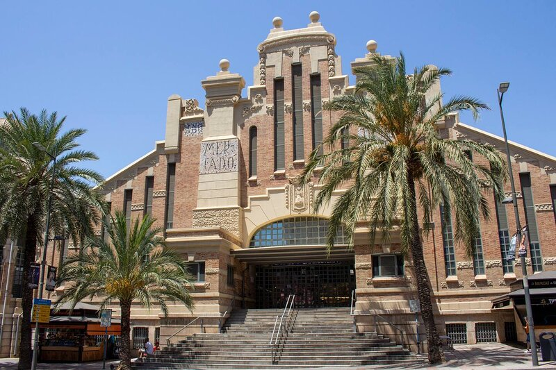 Modern apartment right in centre of Alicante Spain, holiday rental in San Isidro de Albatera