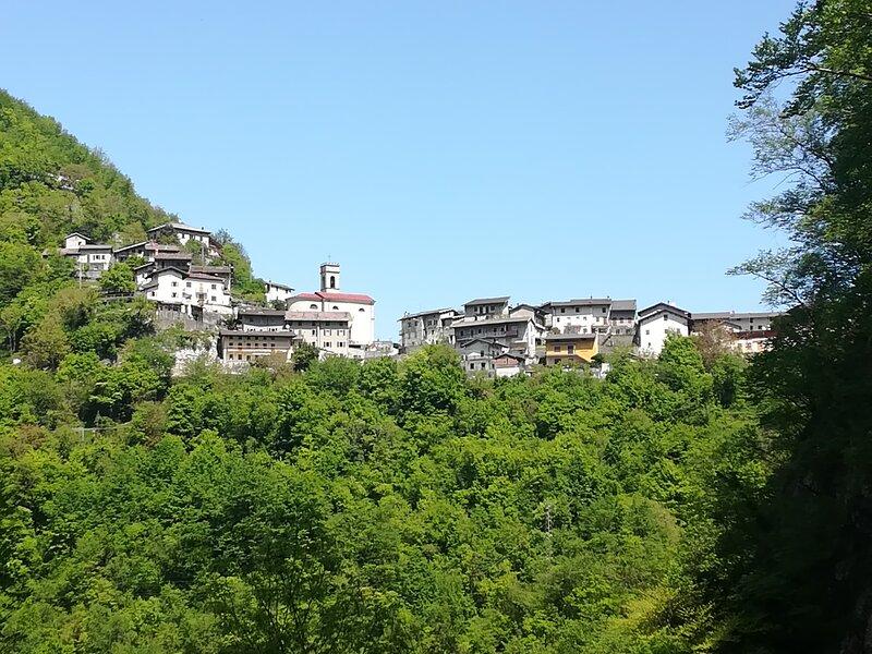 Incino Mountain Home, location de vacances à Cinte Tesino