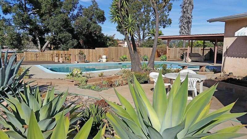 Exquisite house with views and Heated Pool, holiday rental in El Cajon