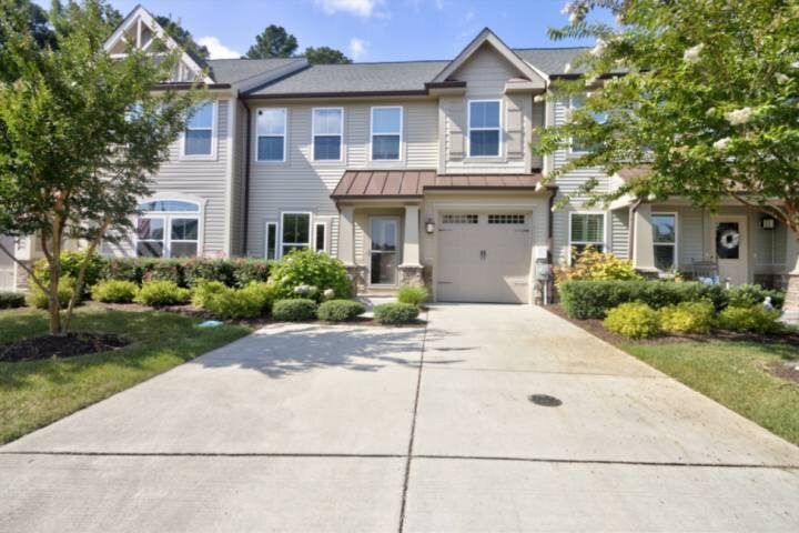 Gorgeous, Five Miles to Bethany Beach, Pool, Tennis, Walking Trails, Free Activi, holiday rental in Millsboro