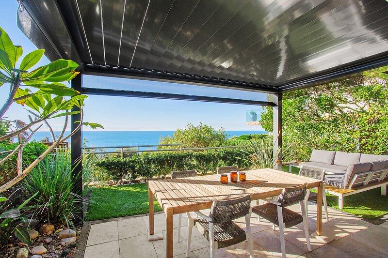 Cliff Top Hideaway - North Curl Curl, NSW, alquiler vacacional en Collaroy Beach