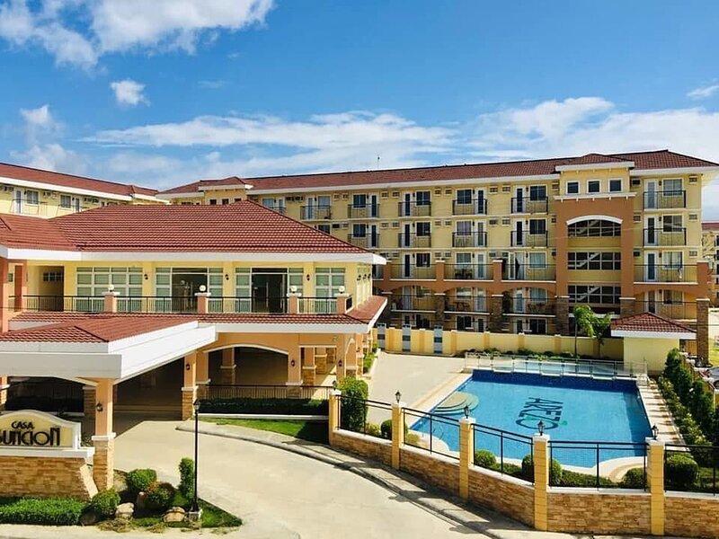 Brand New Condo Arezzo Place Davao City & SM Lanang Mall & Samal Island, aluguéis de temporada em Davao City