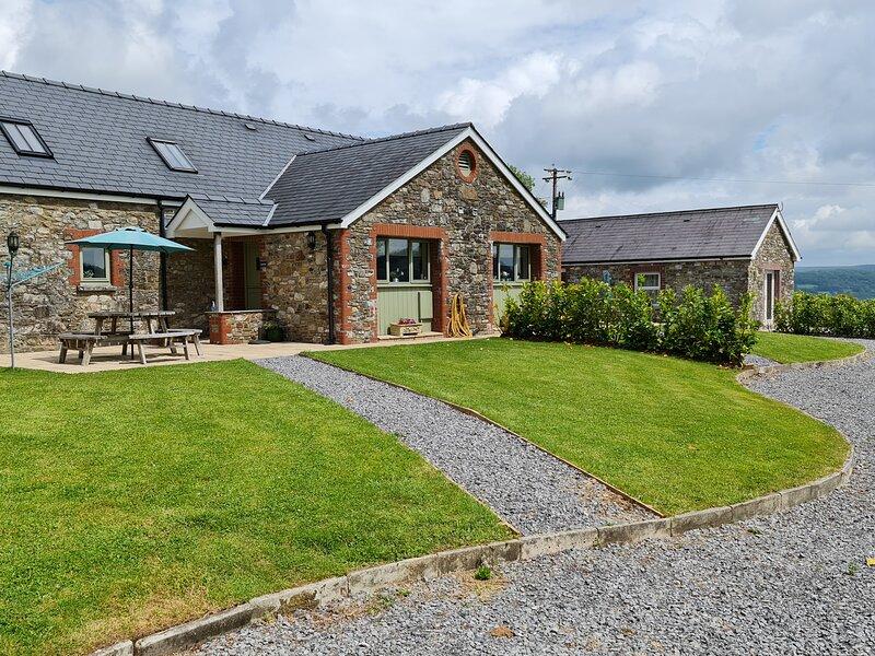 Gwennol Cottage, Llandeilo, holiday rental in Pentrefelin
